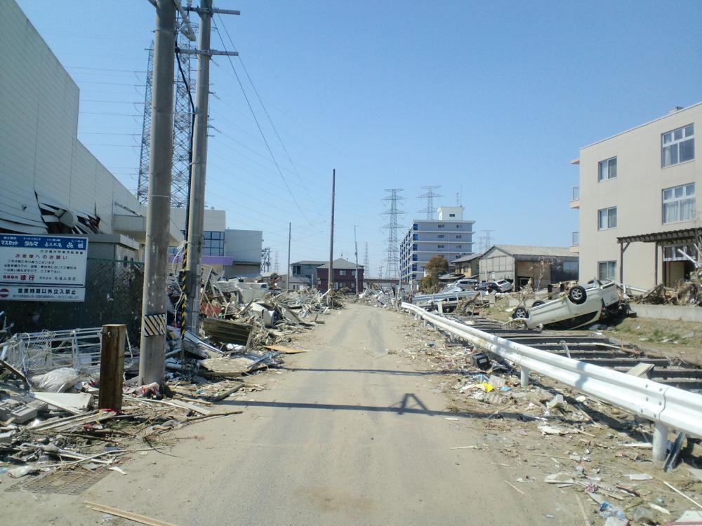 2011年4月5日 宮城県多賀城市町前2丁目6-5(県道10号線から1本北側の道路)