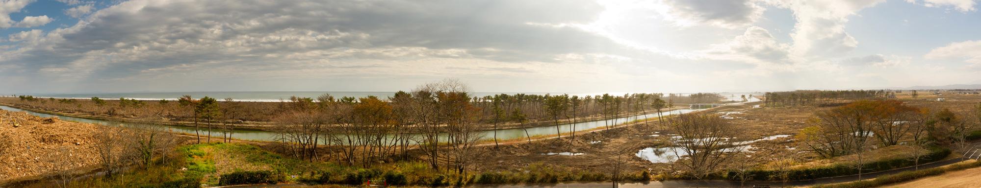 冒険広場遊具から見えるパノラマ2・2011年11月20日