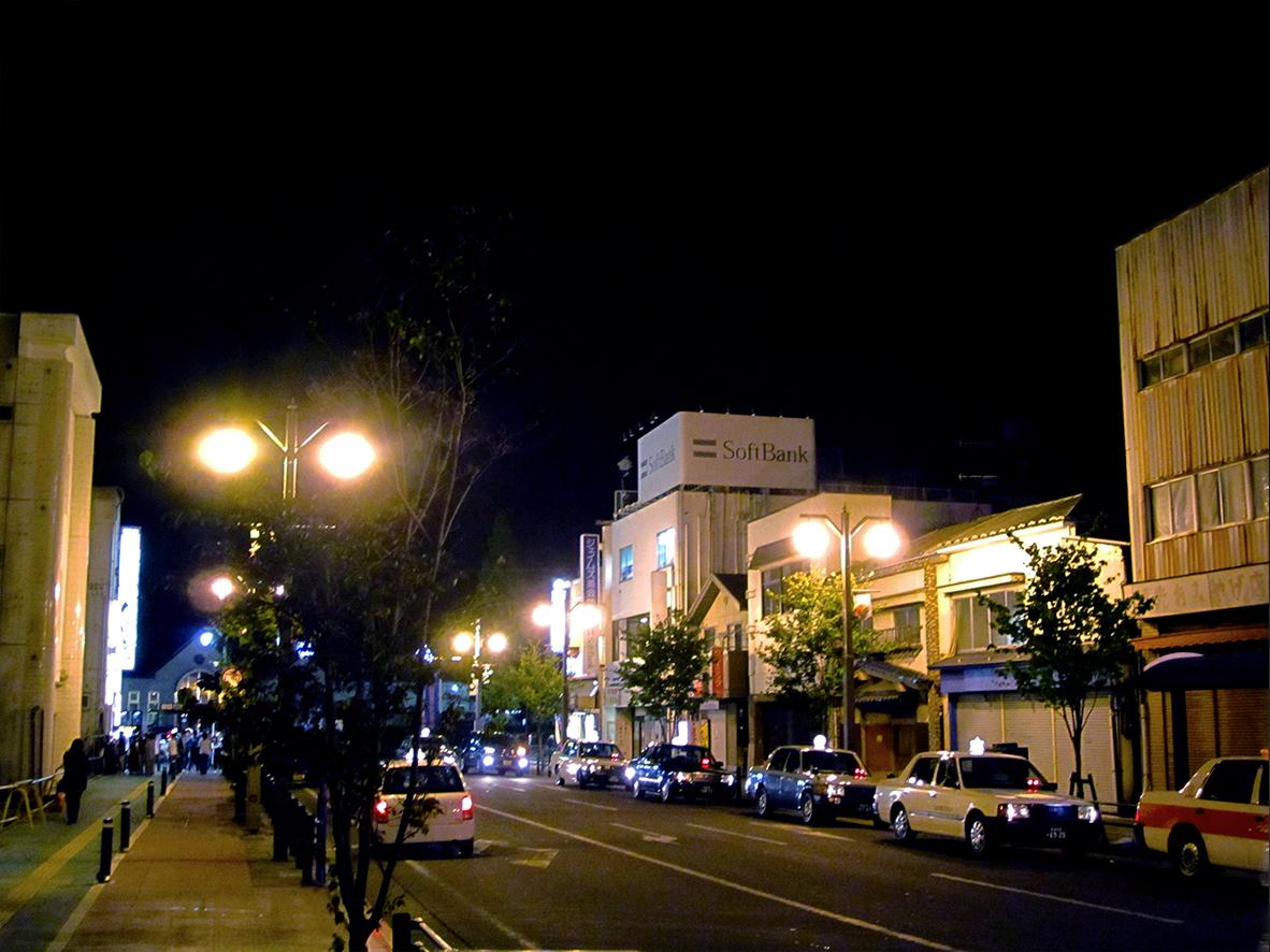 みみで眺めるーJR石巻駅前通り/石巻市
